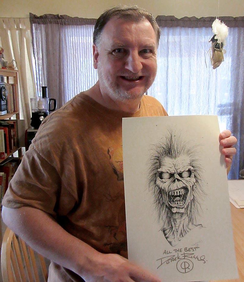 Derek Riggs e sua famosa criação | Foto: divulgação