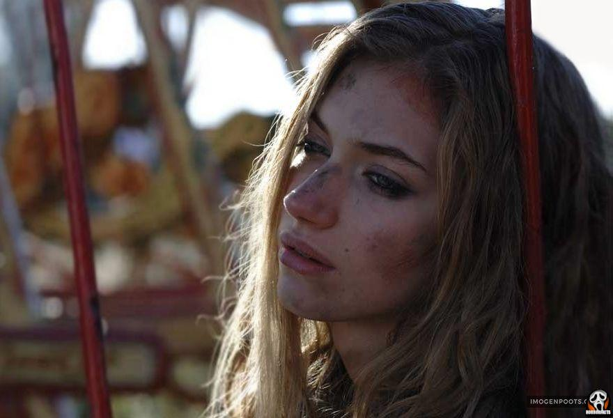 28 weeks later daughter actor on playground in city of rage virus