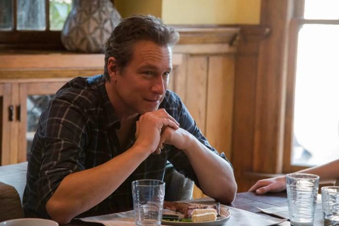 Και ο John Corbett στο cast του «The Boy Next Door»