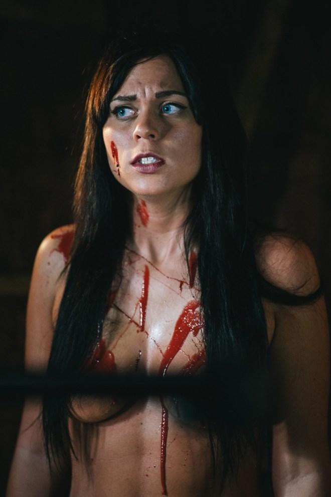 Chloe 18 dildo orgasm