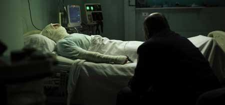 the-stranger-2014-movie-Guillermo-Amoedo-(2)