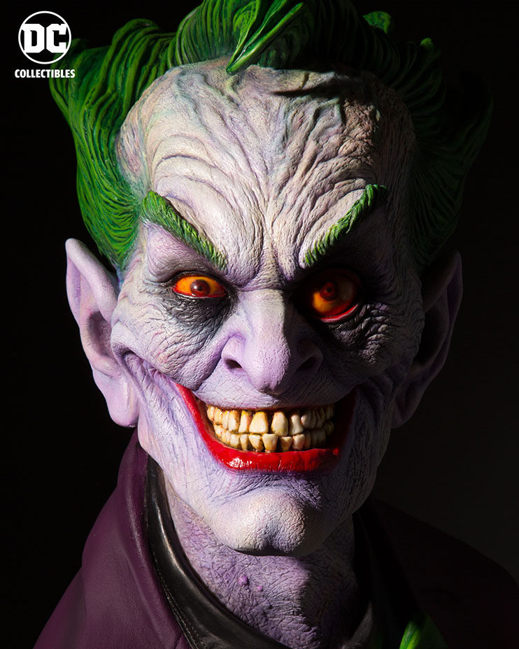 The Legendary Makeup God Rick Baker Reveals Scary Joker Bust!