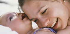 جفاف بشرة الطفل: أعراضه وأسبابه وكيفية علاجه