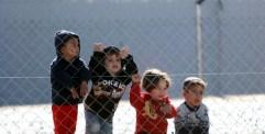 هيومن رايتس ووتش: نصف الأطفال السوريين اللاجئين في لبنان لا يلتحقون بمدارس