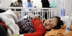 الكوليرا ينافس الحرب في حصد الأرواح باليمن ويسرق فرحة رمضان