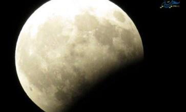 خسوف القمر في سماء مدينة تلبيسة – حمص – عدسة محمود بكور
