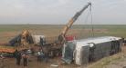 وفاة 9 لاجئين عراقيين وجرح العشرات بانقلاب حافلة في تركيا
