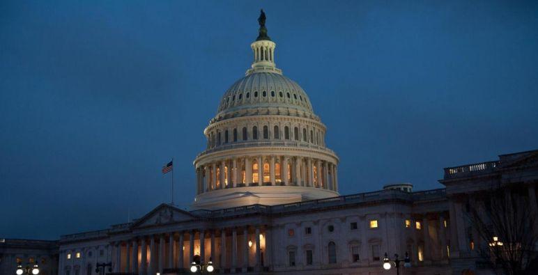 النواب الأمريكي يقر تشريعاً لتوسيع العقوبات على نظام الأسد
