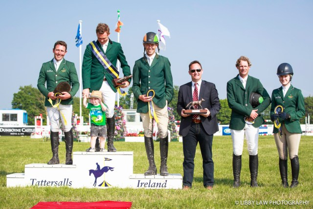 Managing Director of Tattersalls Ireland: Roger Casey, with: IRL-Padraig McCarthy (SIMON PORLOE) FINAL-1ST: GEORGE MERNAGH MEMORIAL CIC3* PRIZEGIVING: 2ND: IRL-Austin O'Connor (KILPATRICK KNIGHT); 3RD: IRL-Jonte Evans (COOLEY ROURKES DRIFT): 2016 IRL-Tattersalls International Horse Trial (Sunday 5 June) CREDIT: Libby Law COPYRIGHT: LIBBY LAW PHOTOGRAPHY