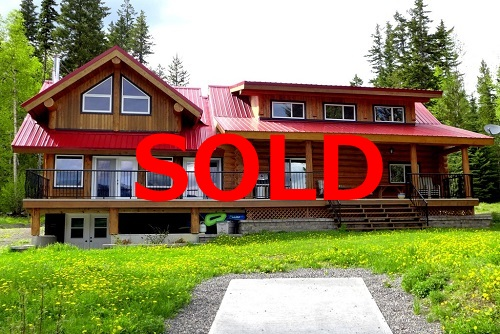 SOLD! Stunning Waterfront Log Home on Horsefly Lake