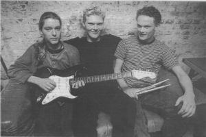 Smilene er fremme hos Mohair forud for fredagens kvartfinale ved DM i Rock. Fra venstre Thomas Juul Jensen, Anders Linnet og Steffen Matzen.