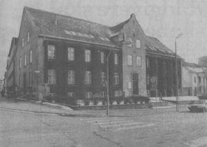 Den vedbendklædte bygning i Havneallé står over for en større renovering, hvis Horsens tekniske Skole kommer igennem med sin nye rokade-plan. (Arkivfoto)
