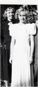 Karen med sin søster Agnes