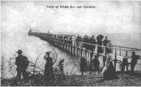 Anløbsbro til fjorddamperen i Elbækskov. Postkort fra 1905.
