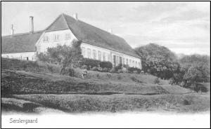 Serridslevgaard set fra havesiden. Postkort, ca. 1905.