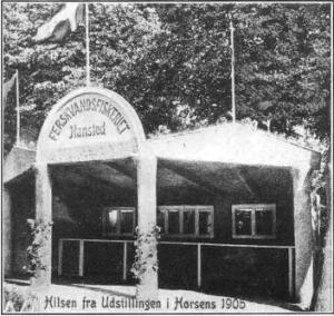 """På landsudstillingen på Lunden i Horsens 1905 var der en stand for """"Ferskvandsfiskeriet i Hansted""""."""