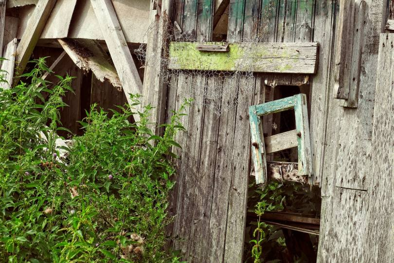 cluttered barn
