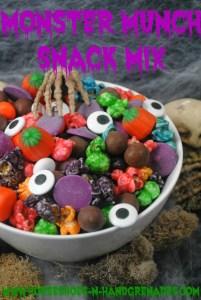 monster-munch-halloween-snack-mix-recipe