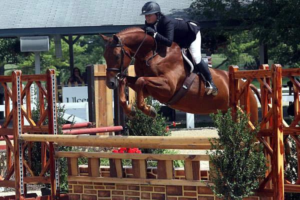 Kentucky Horse Shows to Feature New Hallway Feeds USHJA ...