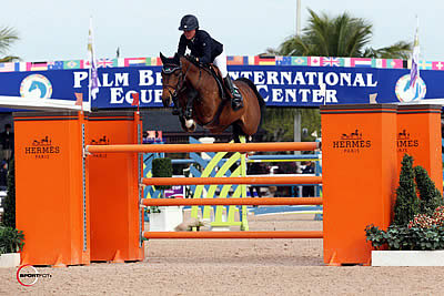 Lauren Hough and Ohlala Are Best in $33,000 G&C Farm 1.45m at FTI WEF