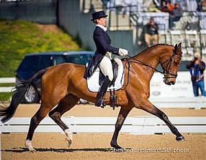Fox-Pitt Moves into Lead, Knowles Is Top American after Phase One of Rolex Kentucky Three-Day Event