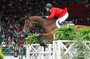 Madden and Simon Storm to the Early Lead in the 2013 Rolex/FEI World Cup Final