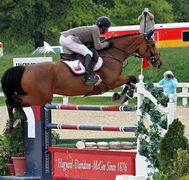 Pablo Barrios and Zara Leandra Capture $25,000 Hagyard Lexington Classic Victory