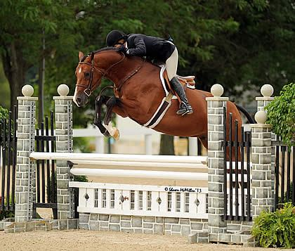 Professional Hunters Top Leader Board on First Day of Kentucky Summer Horse Show