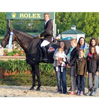 Shawn Casady Maintains Lead in Hallway Feeds USHJA National Hunter Derby Series