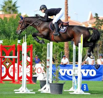 Eirin Bruheim Garners Top Results at Oliva Autumn Tour for Nordic Lights Farm