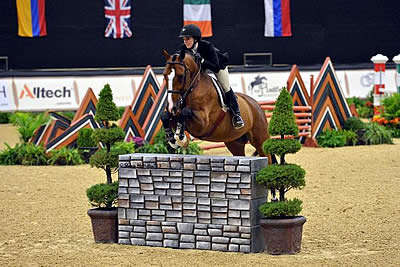 Kelli Cruciotti Places Second in the ASPCA Maclay Finals at the Alltech National Horse Show