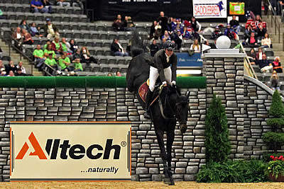 Tim Gredley Soars to 2nd Victory in LIFEFORCE ELITE $50,000 Puissance at Alltech National Horse Show