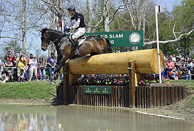 William Fox-Pitt (GBR) Leads the 2014 Rolex Kentucky Three-Day Event after Cross Country