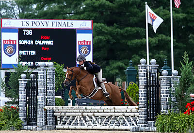 Sophia Calamari Captures Small Green Pony Championship with Smitten at 2014 USEF Pony Finals