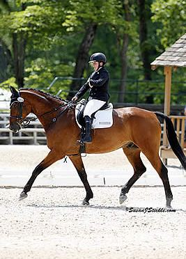 Horse Radio Network Features Sydney Collier and Groom Amy McIlwham