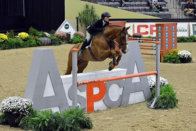 Tori Colvin Conquers 2014 ASPCA Alfred B. Maclay National Championships