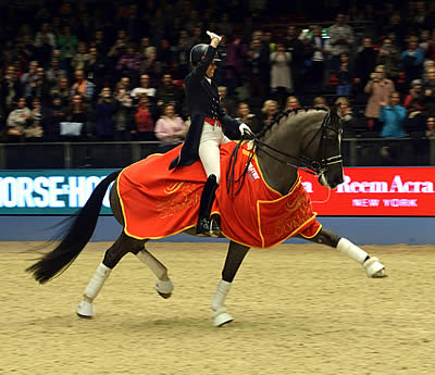Dujardin Smashes Grand Prix World Record at Olympia