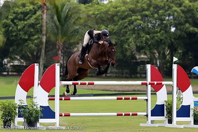 Kristen VanderVeen and Bull Run's Faithful Win at the Wellington Turf Tour