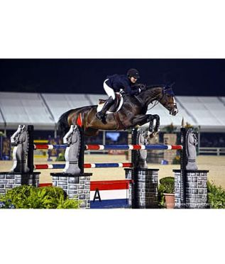 Sydney Shulman and Venice Victorious in $50,000 Rood and Riddle Kentucky Grand Prix
