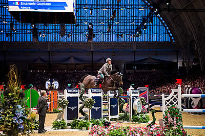 Gaudiano Gallops to Victory in Longines Thriller in London