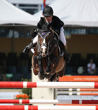Shane Sweetnam and Cyklon 1083 Top $35,000 Illustrated Properties 1.45m Classic at WEF 5
