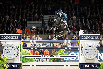 Simon Delestre Jumps to Top of Longines Rankings