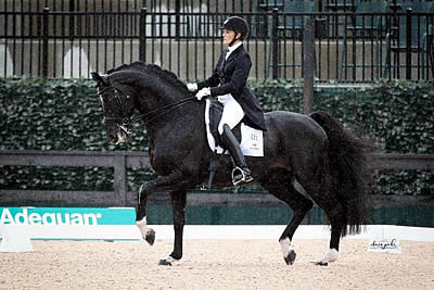 Ashley Holzer and Dressed in Black Win First Ever FEI Grand Prix CDI 3* at TIEC