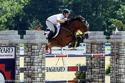 Wujek and Masters Claim Victories in 1.40m High Amateur-Owner/Junior Jumpers