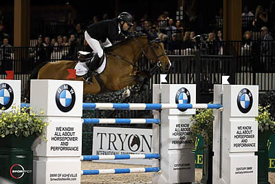 Sharn Wordley Pilots Casper and Barnetta to Top Three in Grand Prix CSI 3*