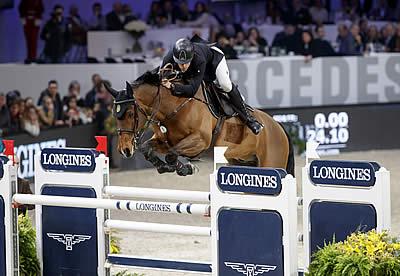 Alvarez Aznar Dares to Win at Longines Leg in Zurich