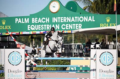 Kristen Vanderveen and Bull Run's Faustino de Tili Win $35k Douglas Elliman 1.45m at WEF
