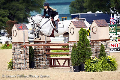Alexandra Duvin and Jorge Gomez Win Jumper Classics on Final Day of Kentucky Summer Classic