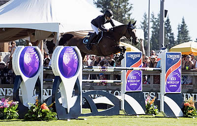 Swail Sweeps Up a Longines Win at Langley