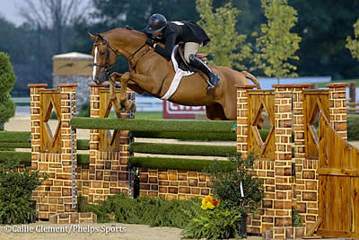 Victoria Colvin Rides to Back-to-Back USHJA International Hunter Derby Championships